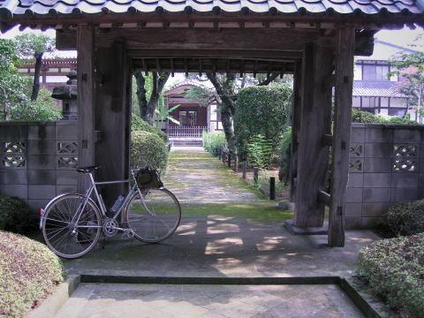 途中のお寺